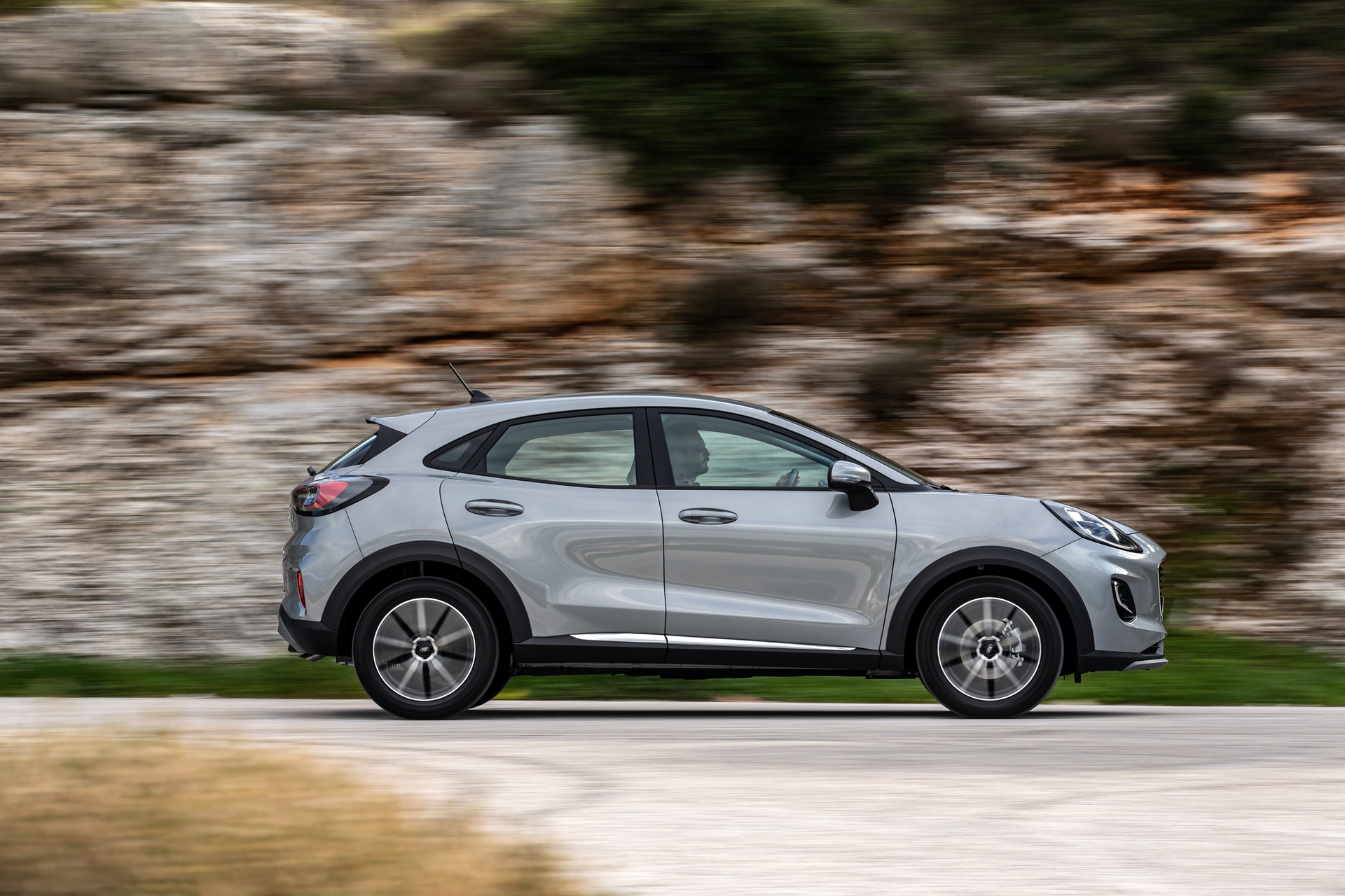 Ford_Puma_Titanium_0057