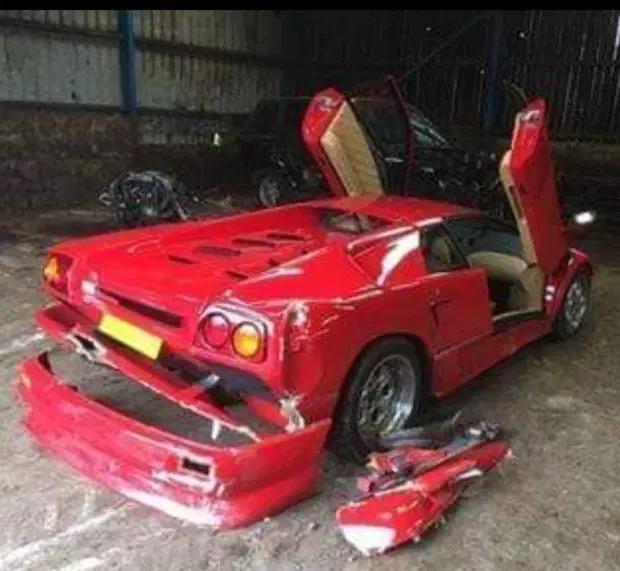 Top_Gear_crash_Diablo_0003