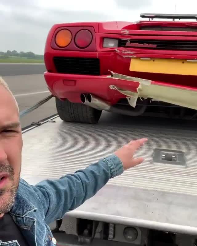 Top_Gear_crash_Diablo_0004