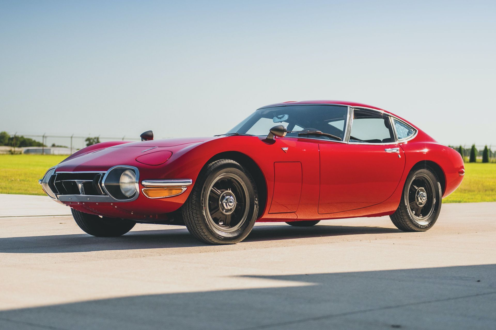 Toyota-2000GT-1967-auction-1
