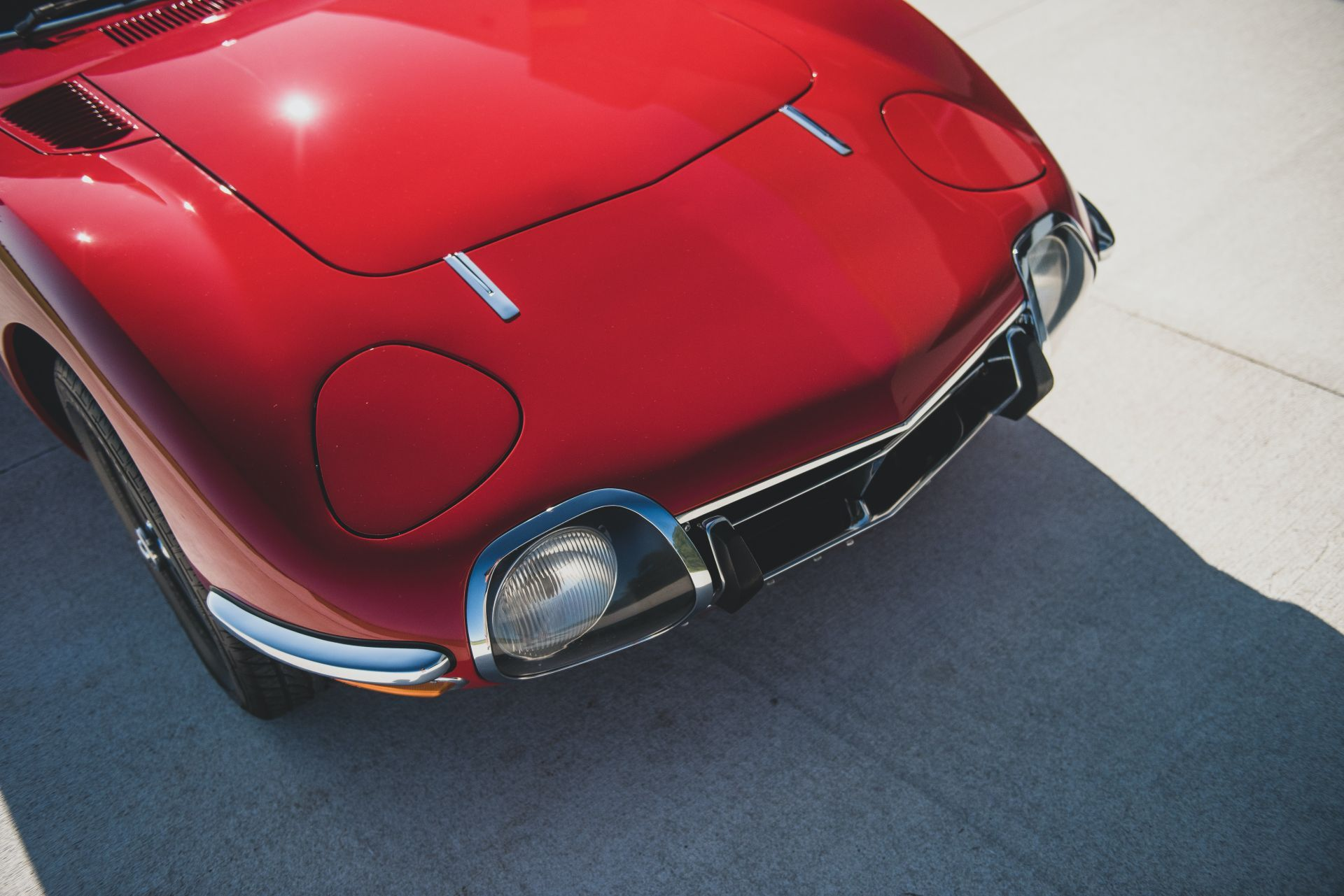 Toyota-2000GT-1967-auction-10