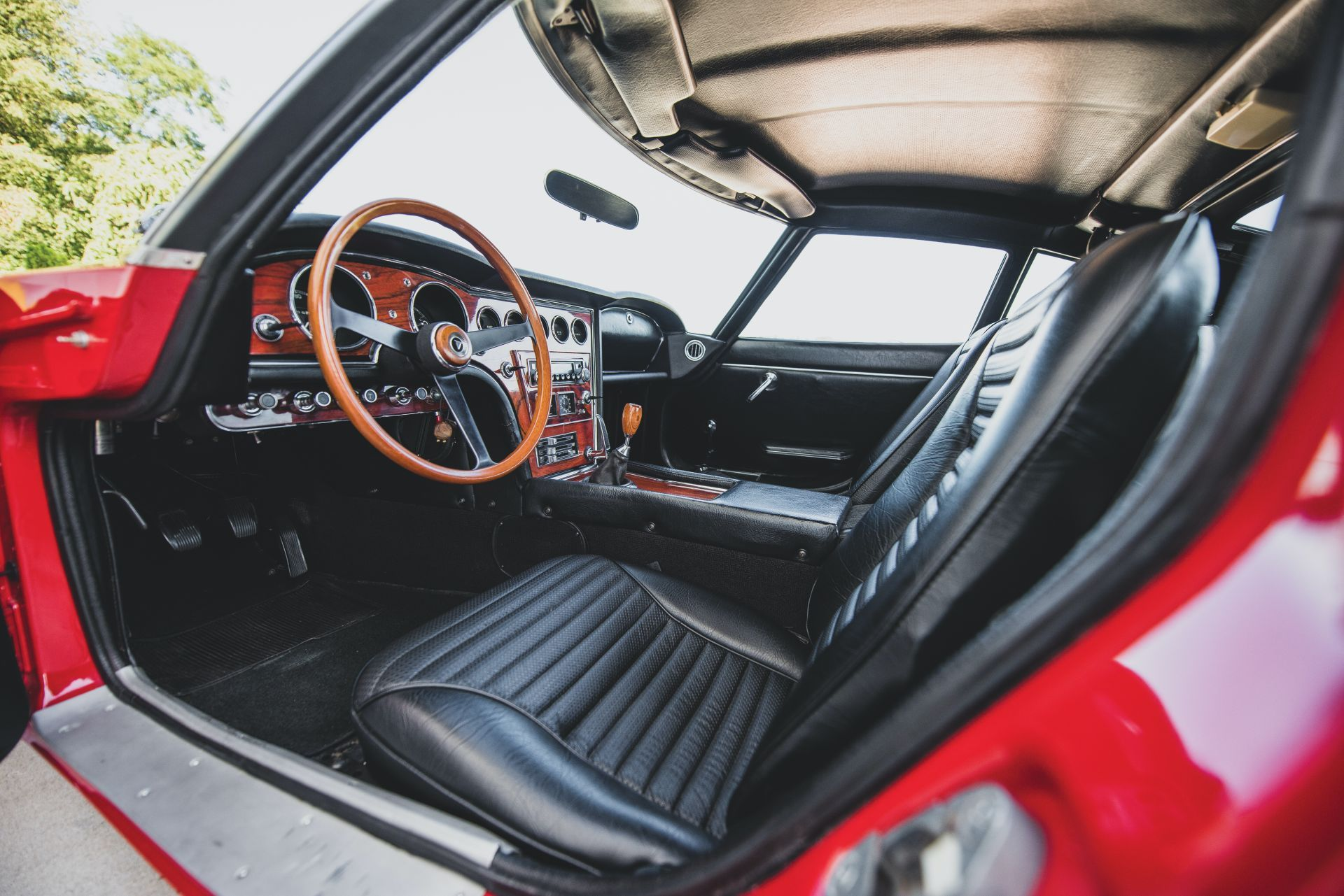 Toyota-2000GT-1967-auction-29