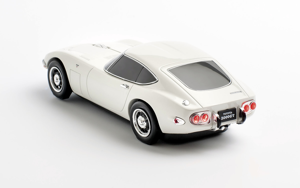 Toyota-2000GT-Mouse-11