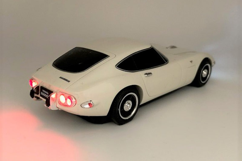 Toyota-2000GT-Mouse-6