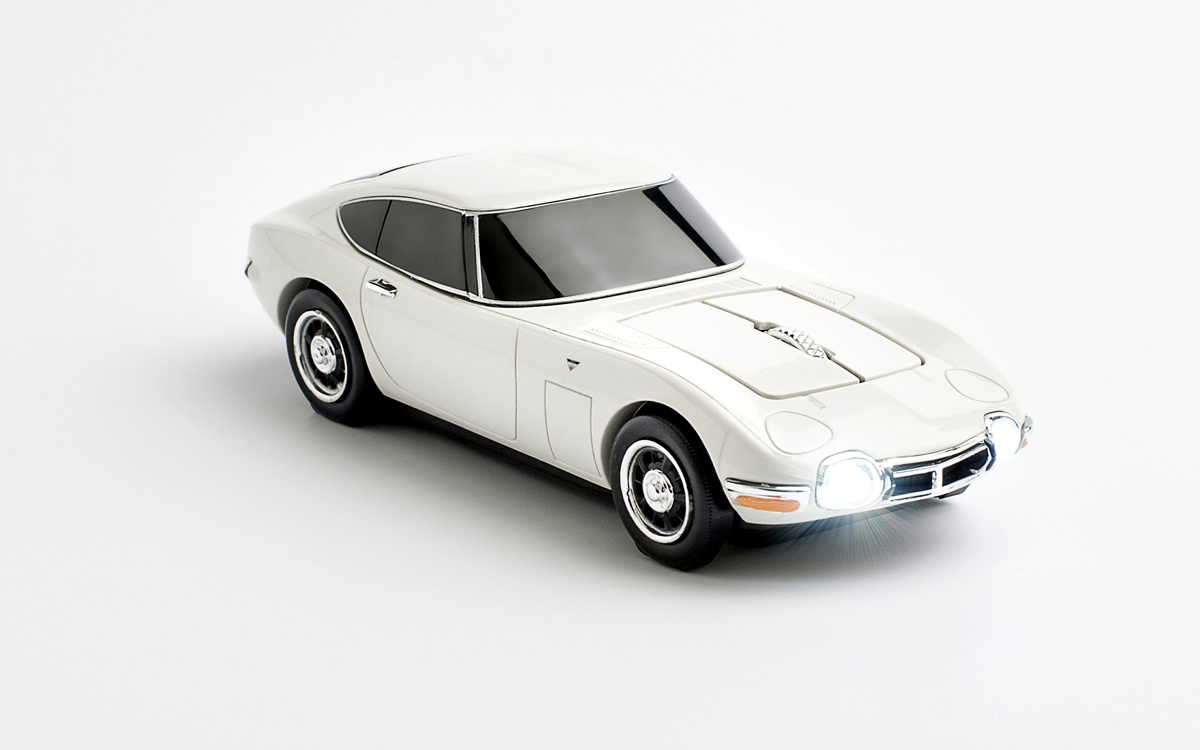 Toyota-2000GT-Mouse-9