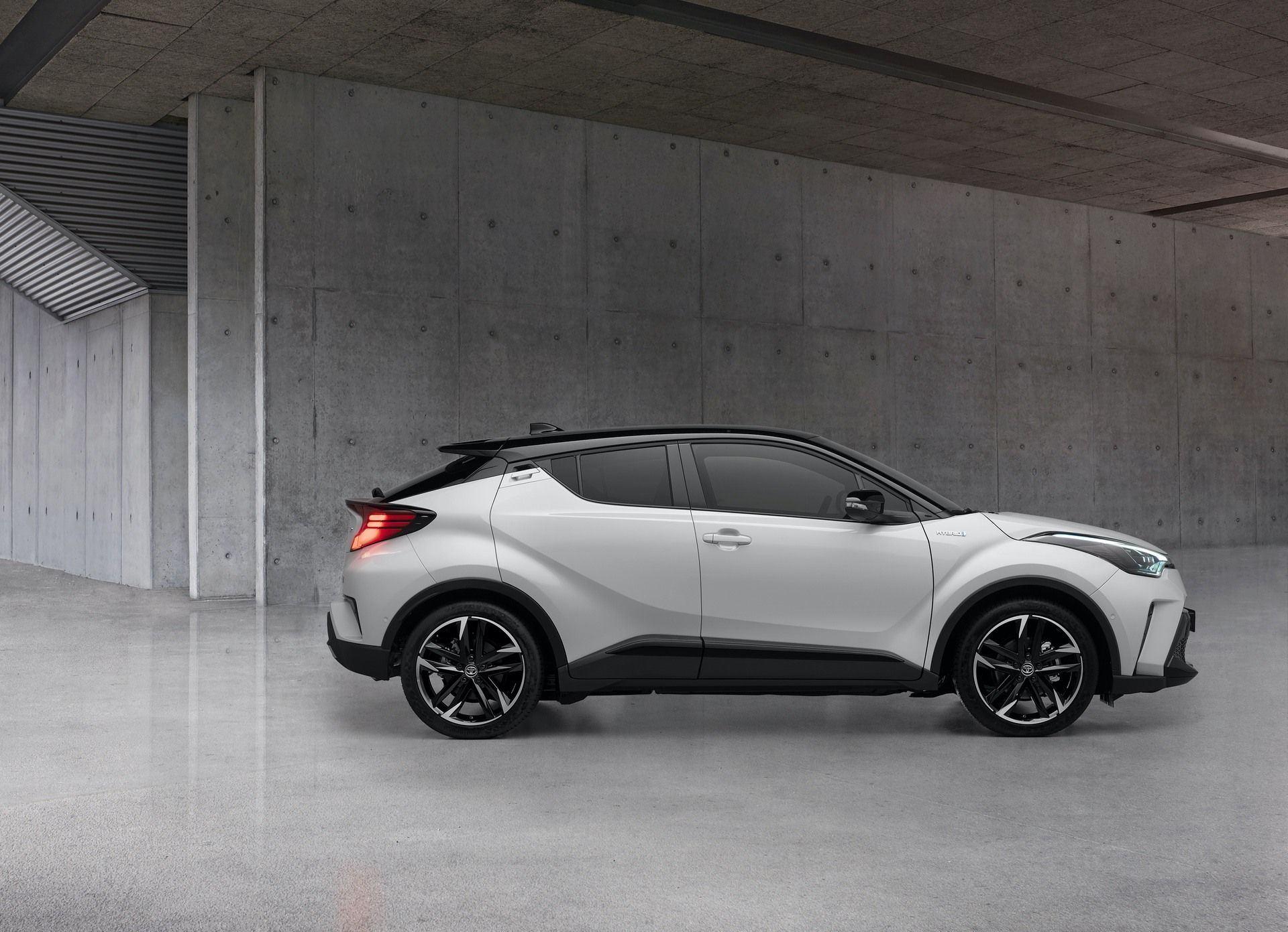 Toyota_C-HR_GR_Sport_0006