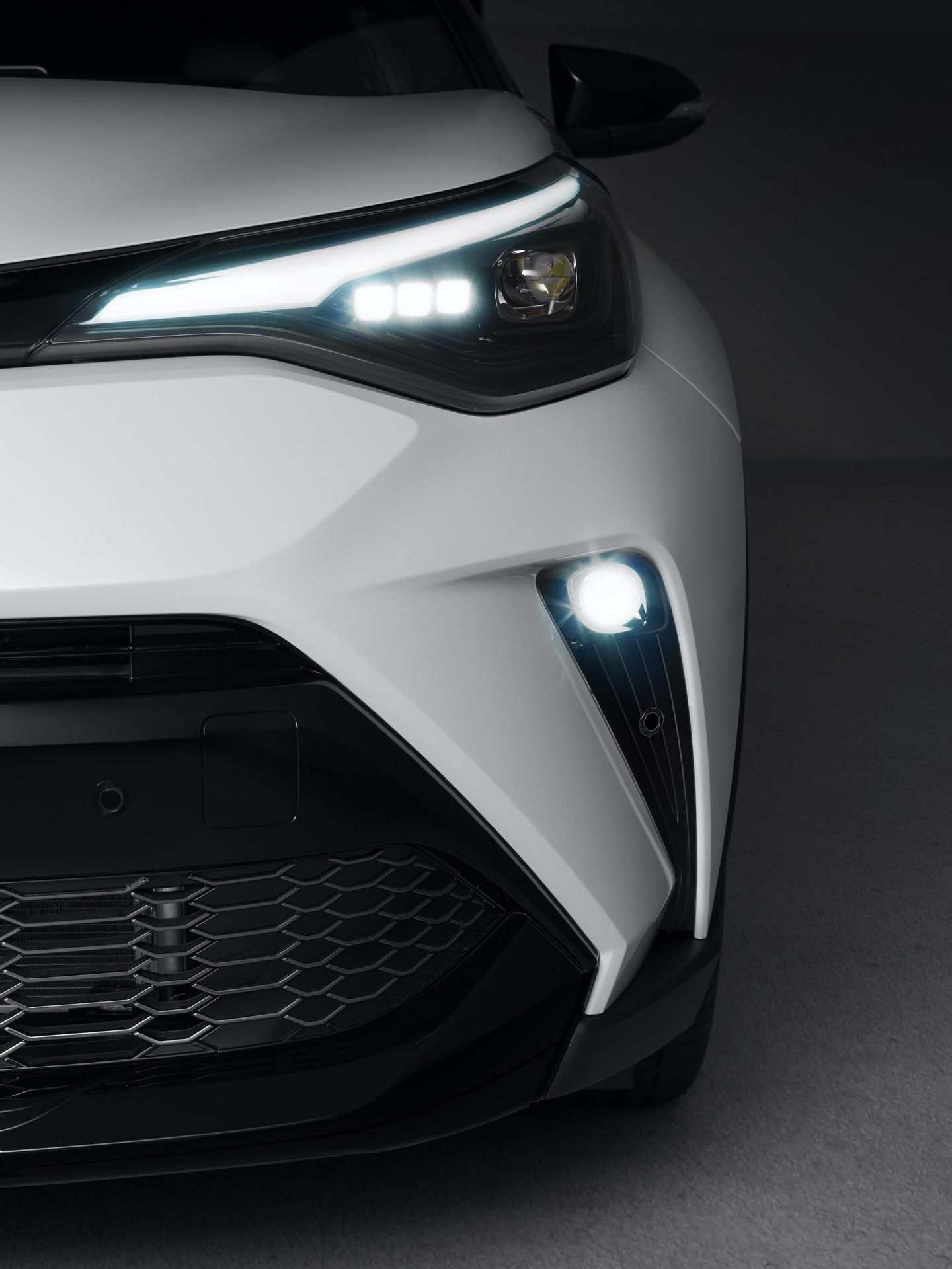 Toyota_C-HR_GR_Sport_0008