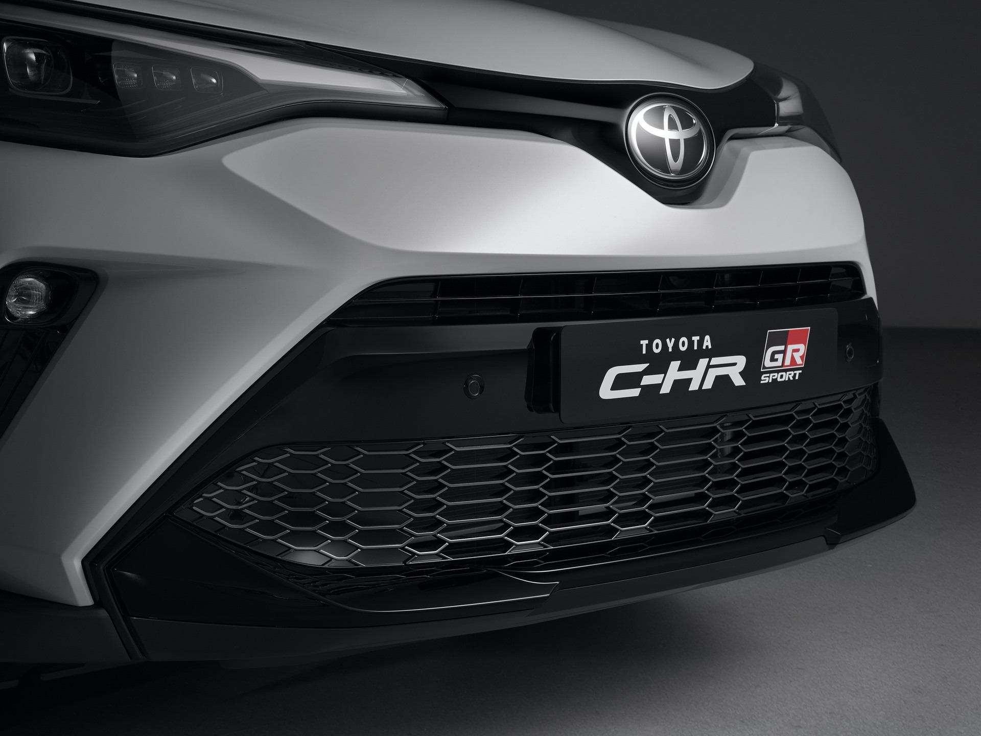 Toyota_C-HR_GR_Sport_0010