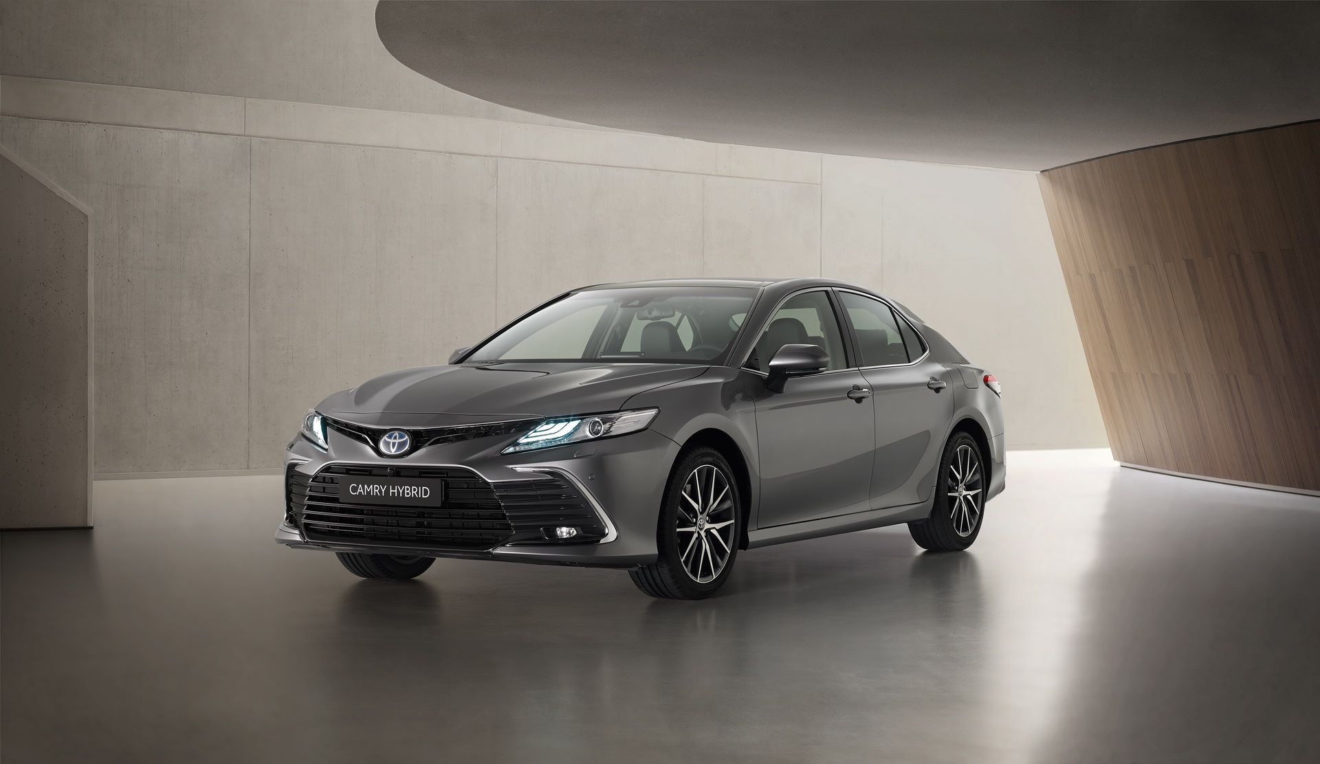 Toyota-Camry-facelift-2021-3