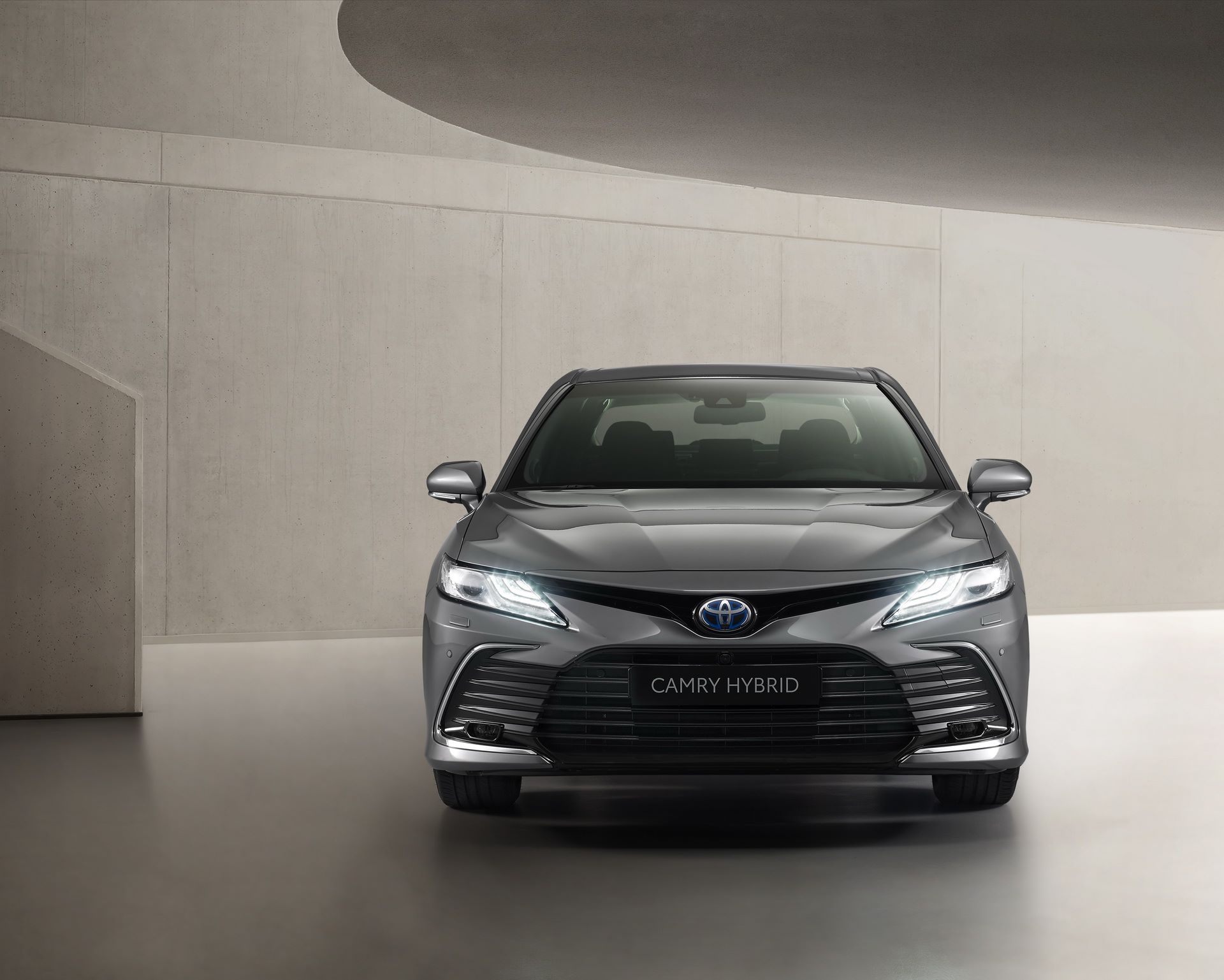 Toyota-Camry-facelift-2021-6