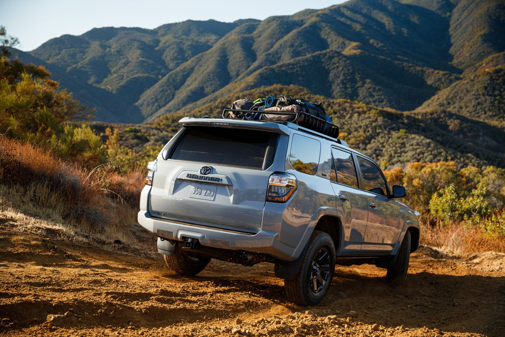 2021-TOYOTA-4RUNNER-TRAIL-EDITION-02