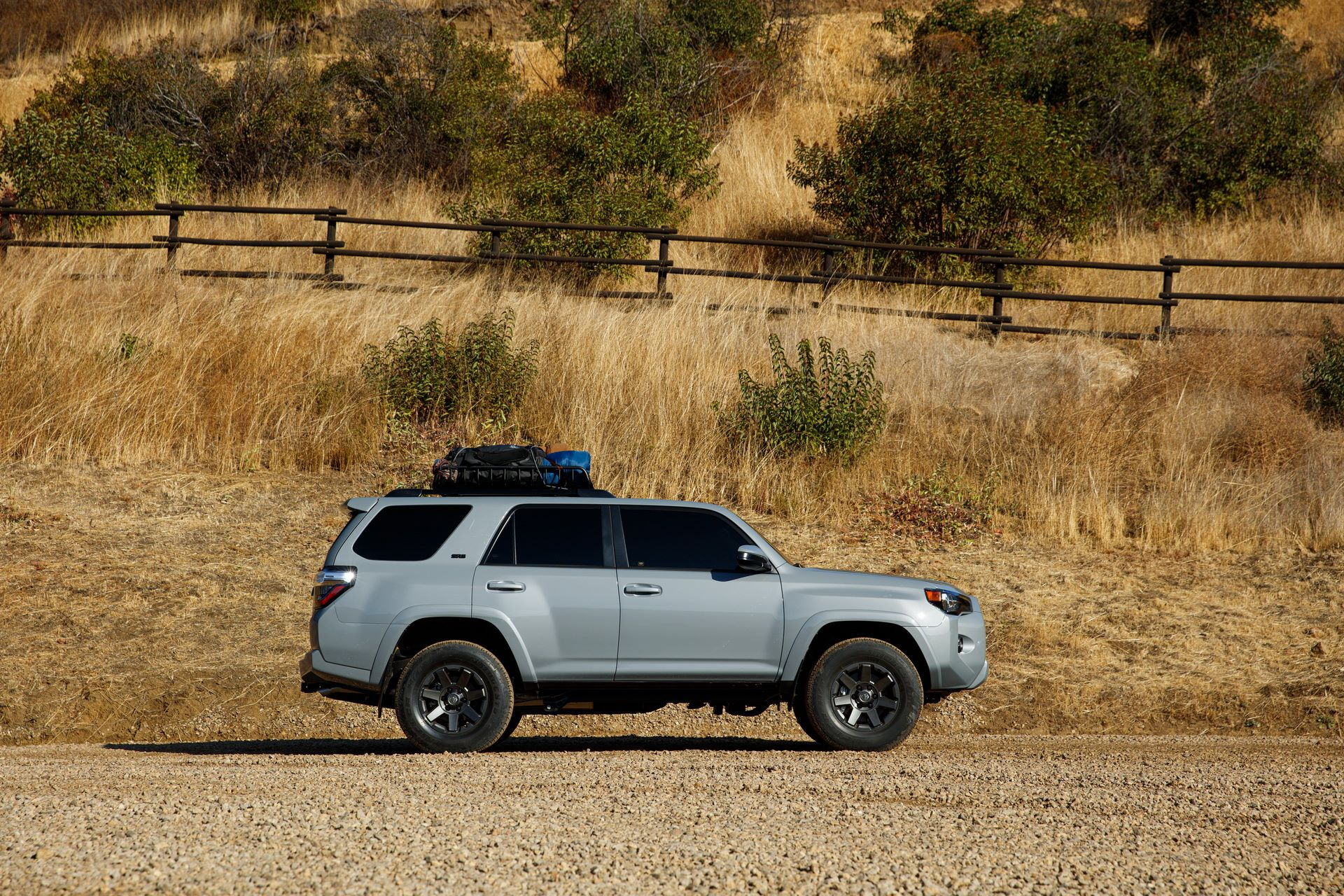 2021-TOYOTA-4RUNNER-TRAIL-EDITION-03