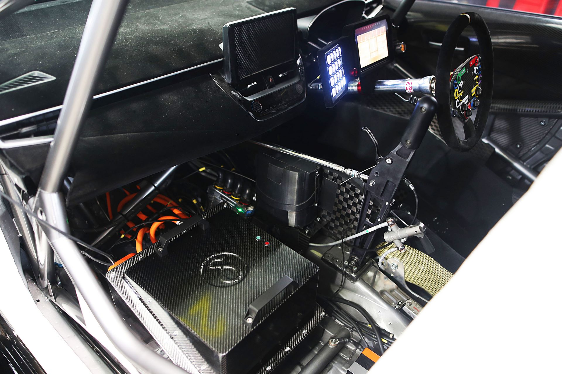 BTCC-Corolla-4