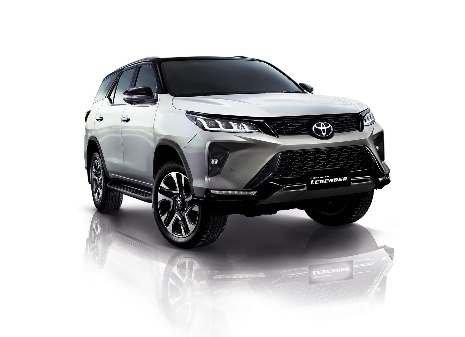 1_Toyota-Fortuner-2020-2