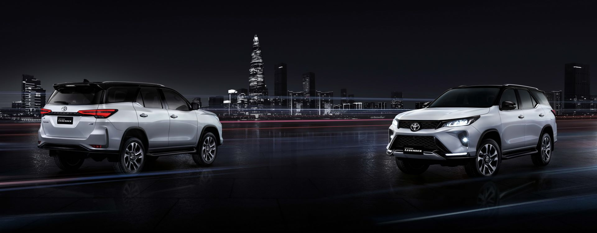 Toyota-Fortuner-2020-18