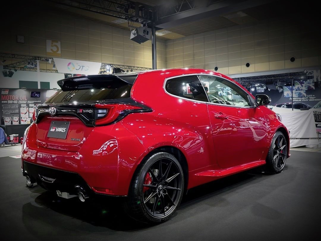 Toyota_GR_Yaris_Emotional_Red_0001