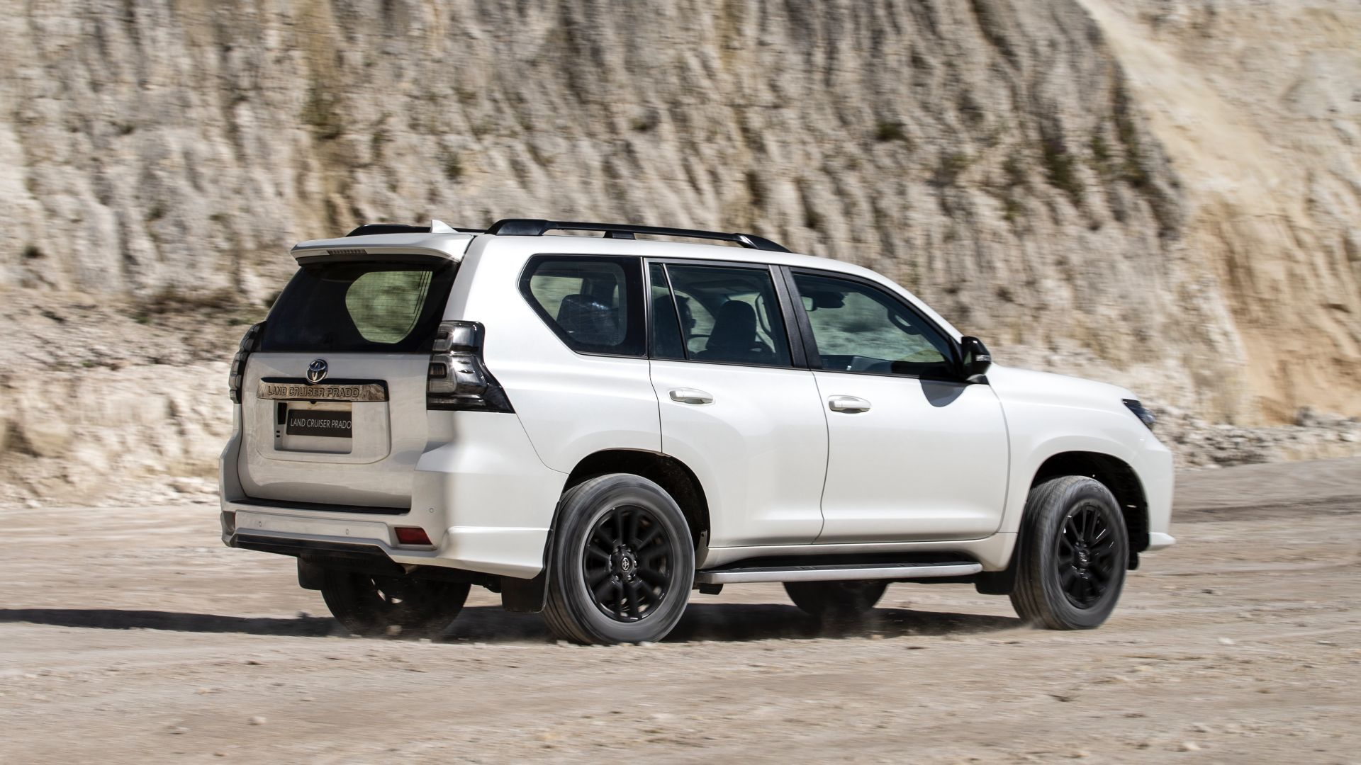 Toyota-Land-Cruiser-euro-2021-27