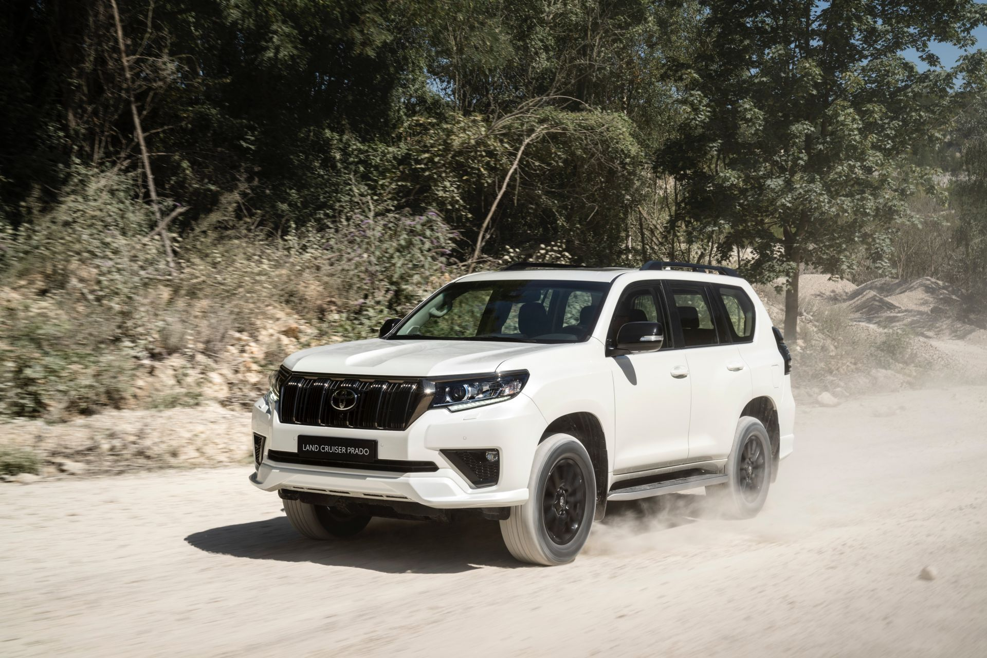 Toyota-Land-Cruiser-euro-2021-7