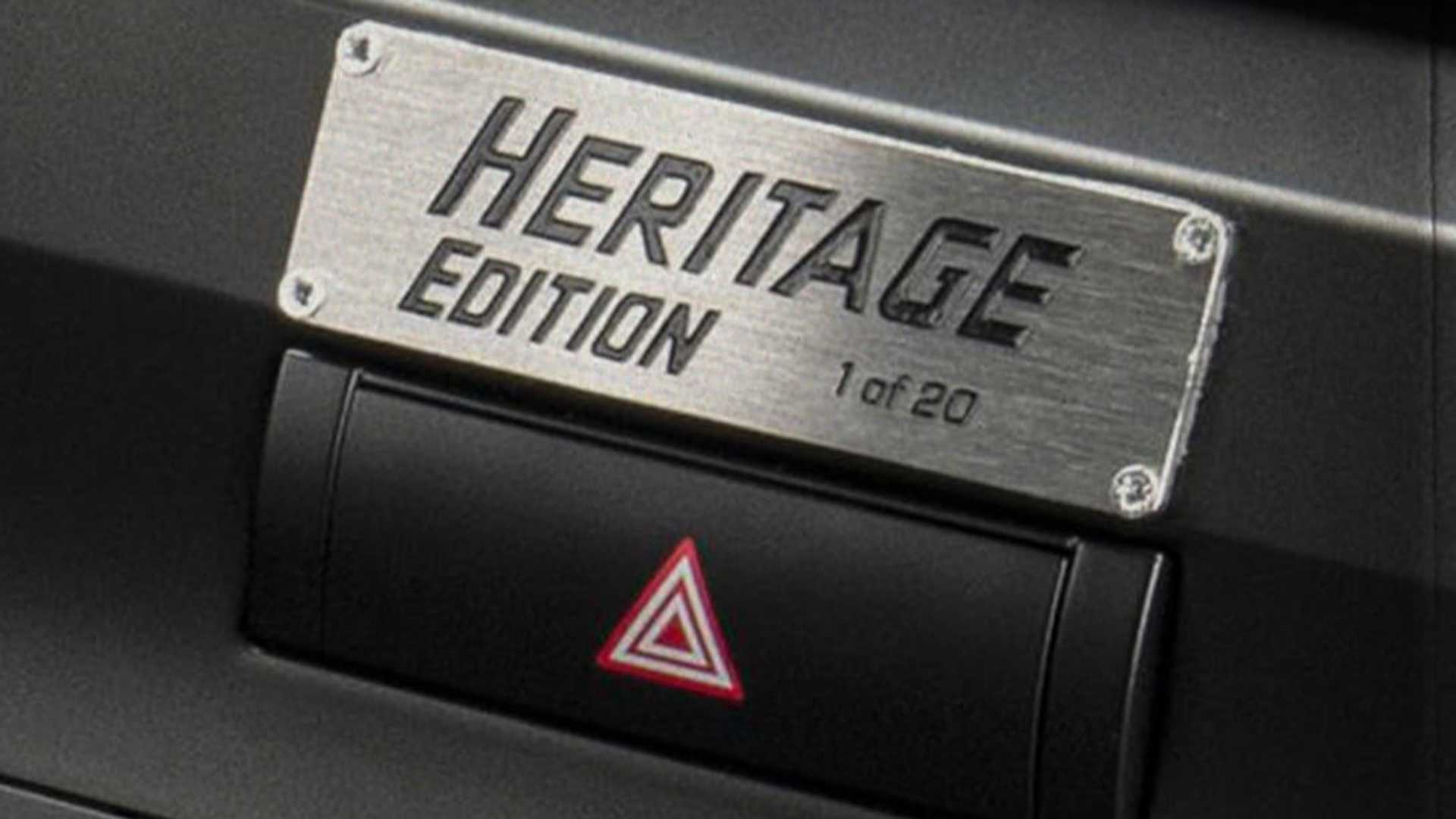 Toyota-Land-Cruiser-Heritage-Edition-for-UAE-6