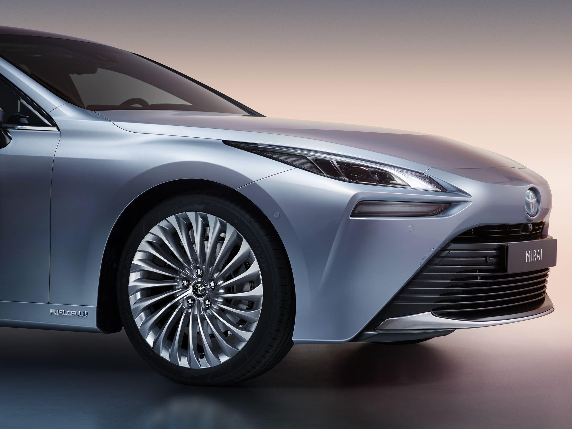 Toyota-Mirai-2020-4