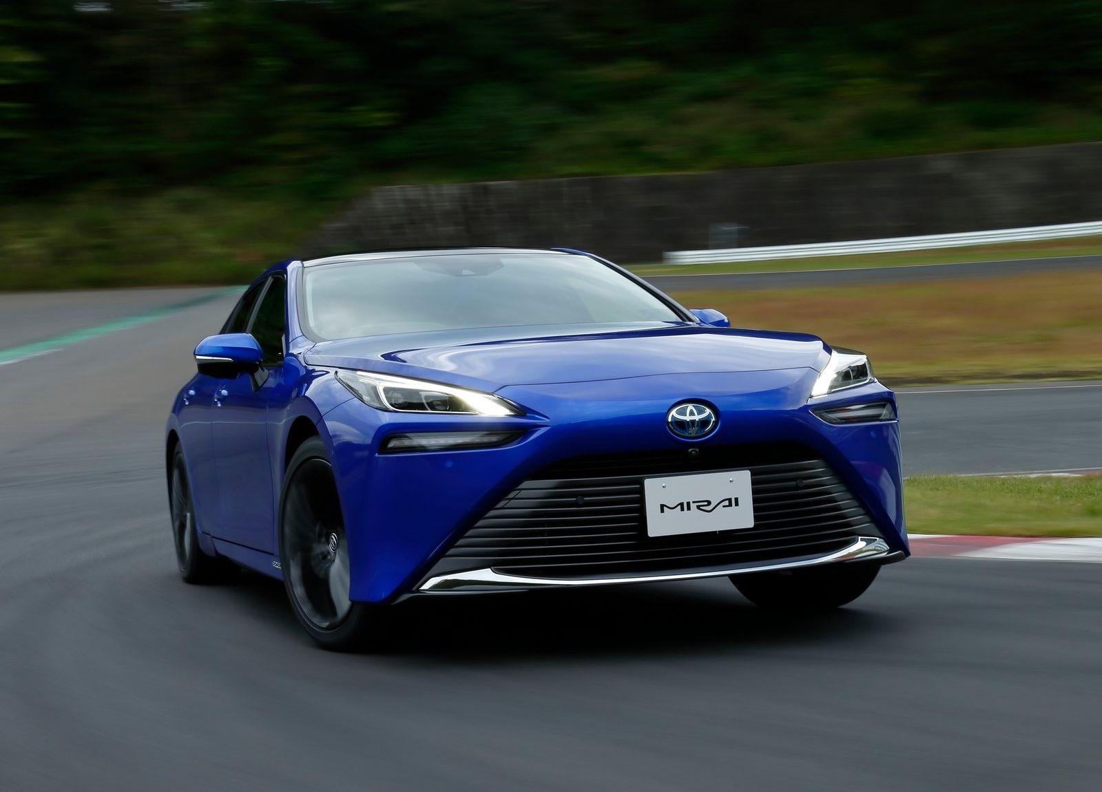 Toyota-Mirai-2021-1