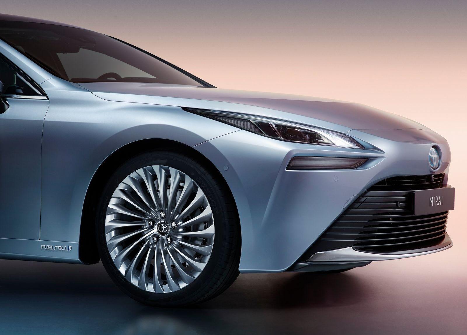 Toyota-Mirai-2021-11