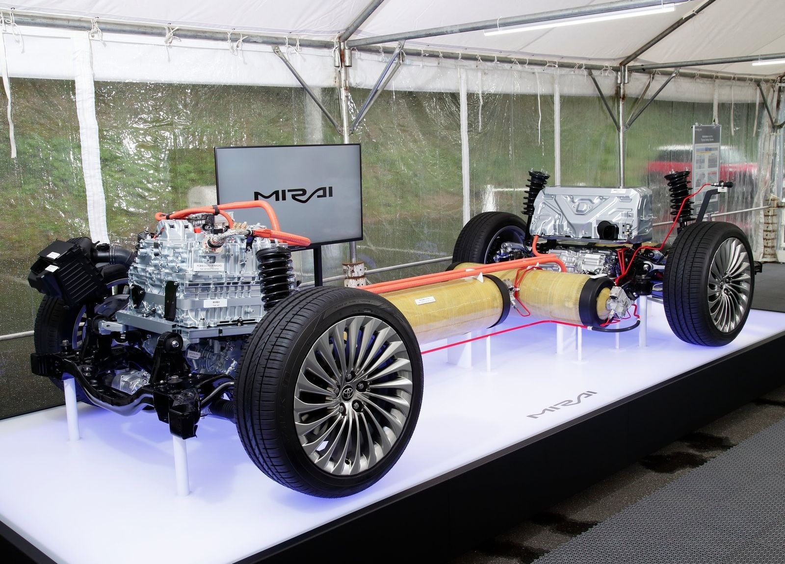 Toyota-Mirai-2021-21