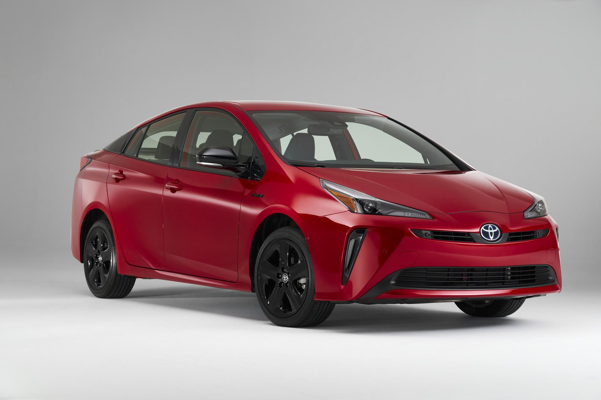 Toyota-Prius-2020-Edition-1