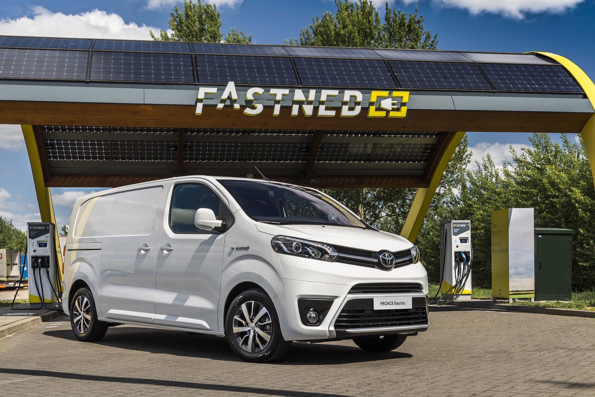 Toyota_Proace_electric_0004