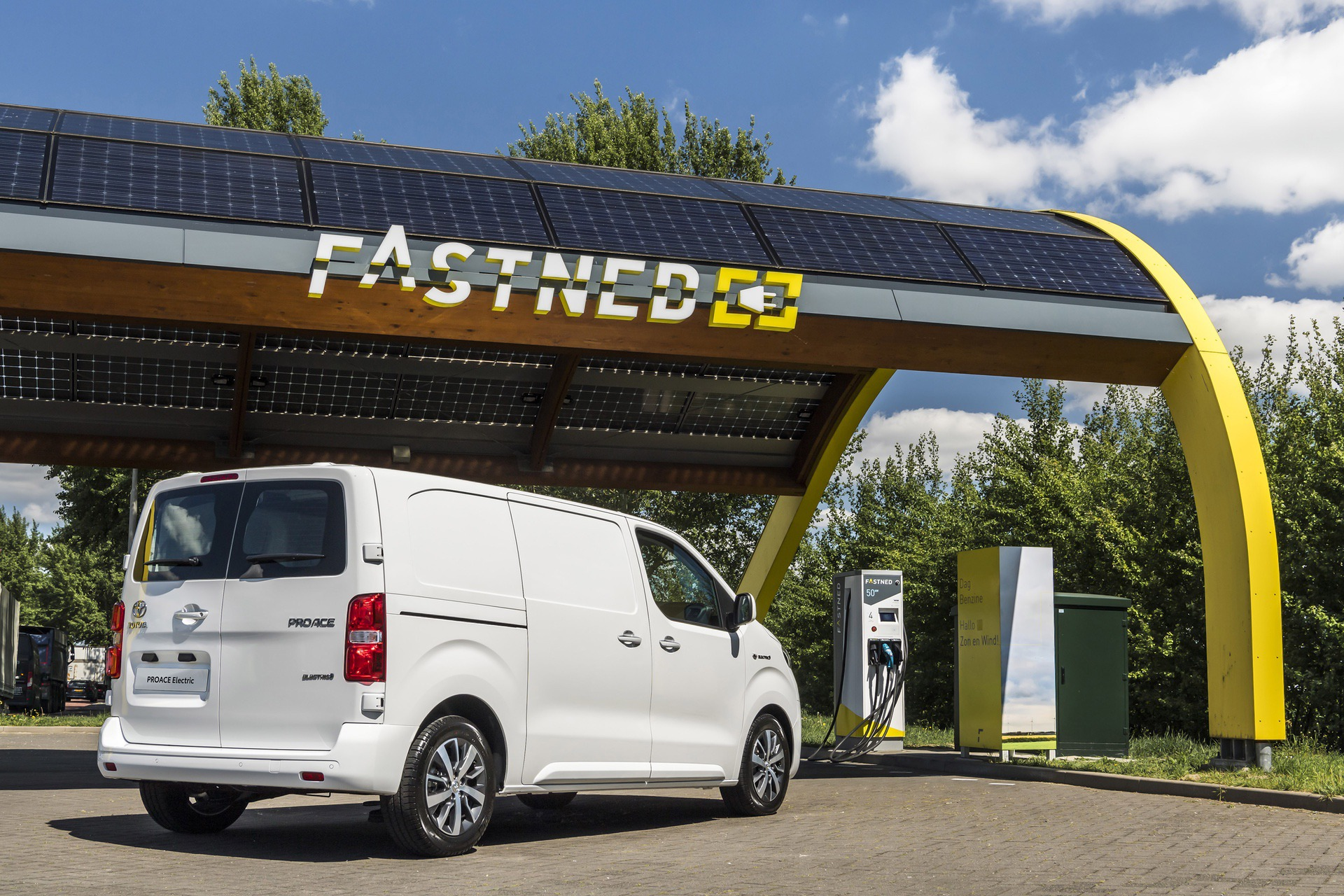 Toyota_Proace_electric_0005