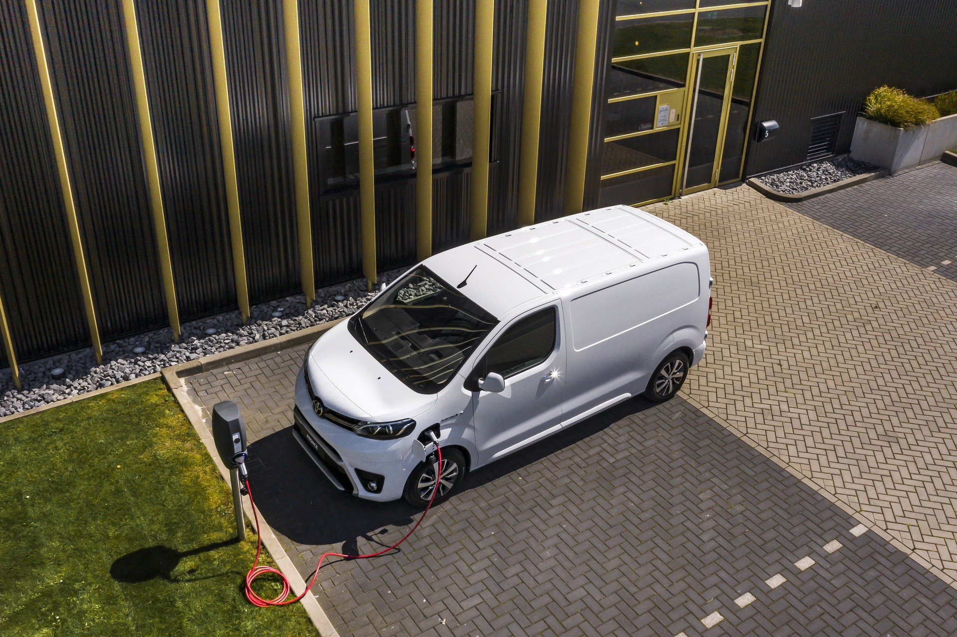 Toyota_Proace_electric_0006