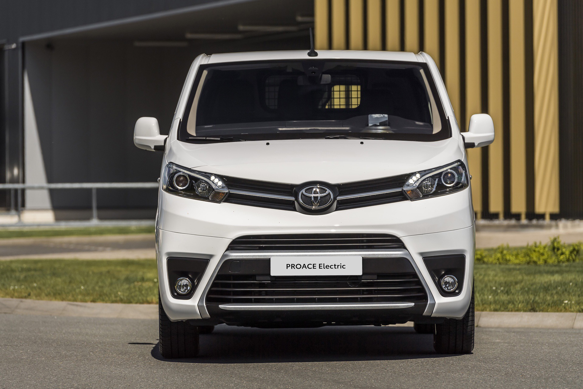 Toyota_Proace_electric_0011