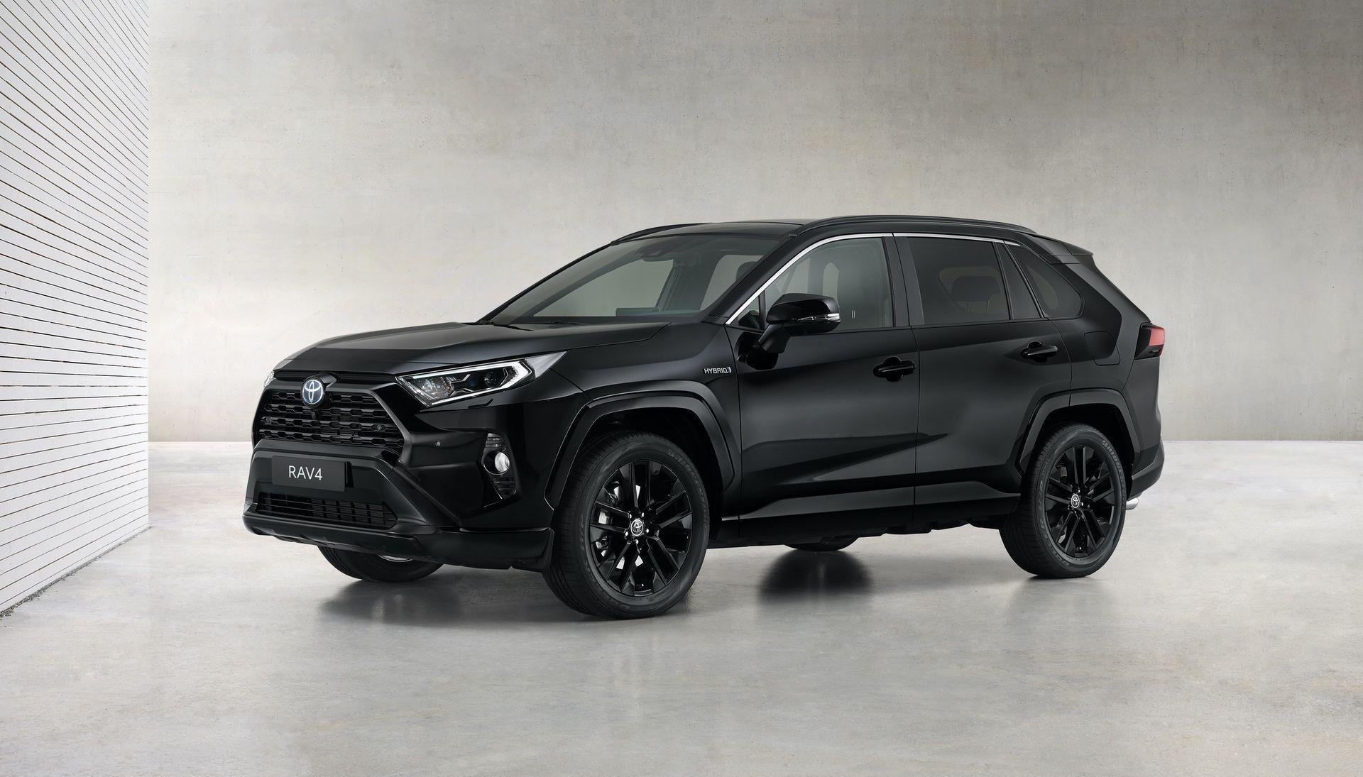 Toyota_RAV4_Hybrid_Black_Edition_0002