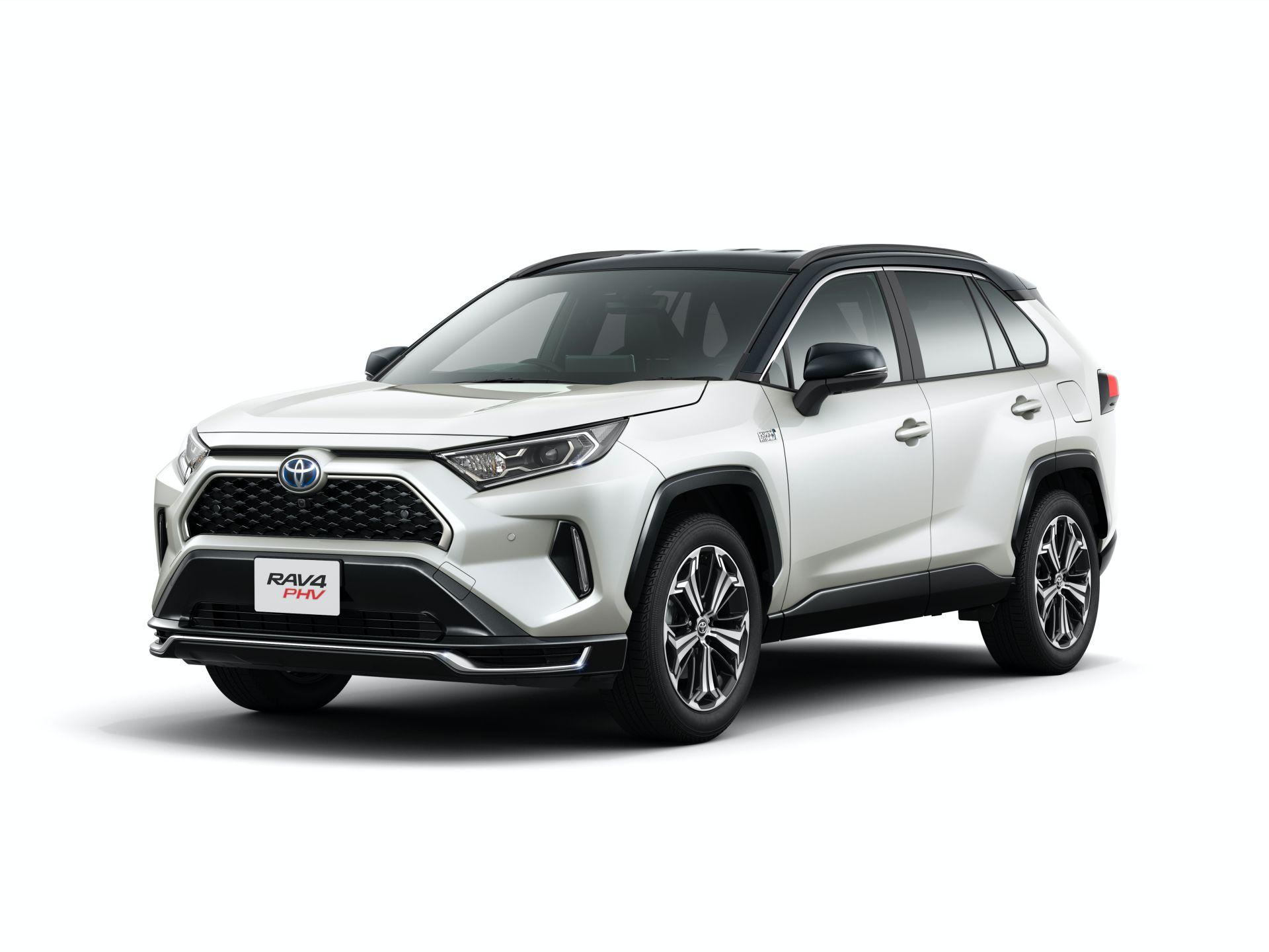 Toyota_RAV4_PHV_JDM_0023