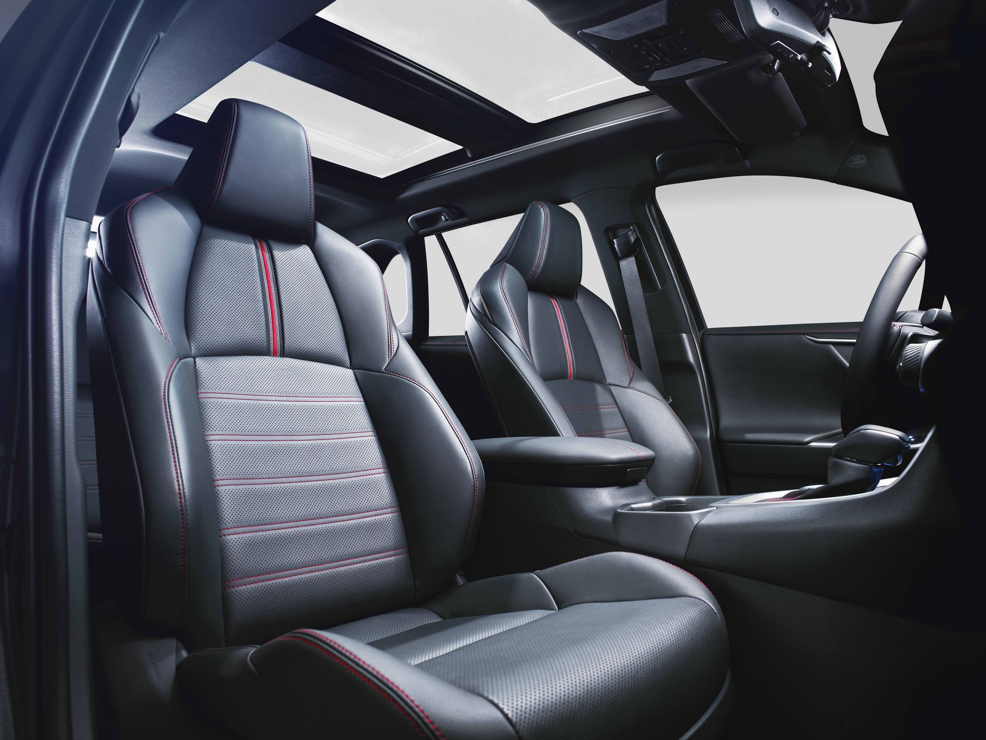 Toyota-RAV4-Plug-in-Hybrid-Europe-10