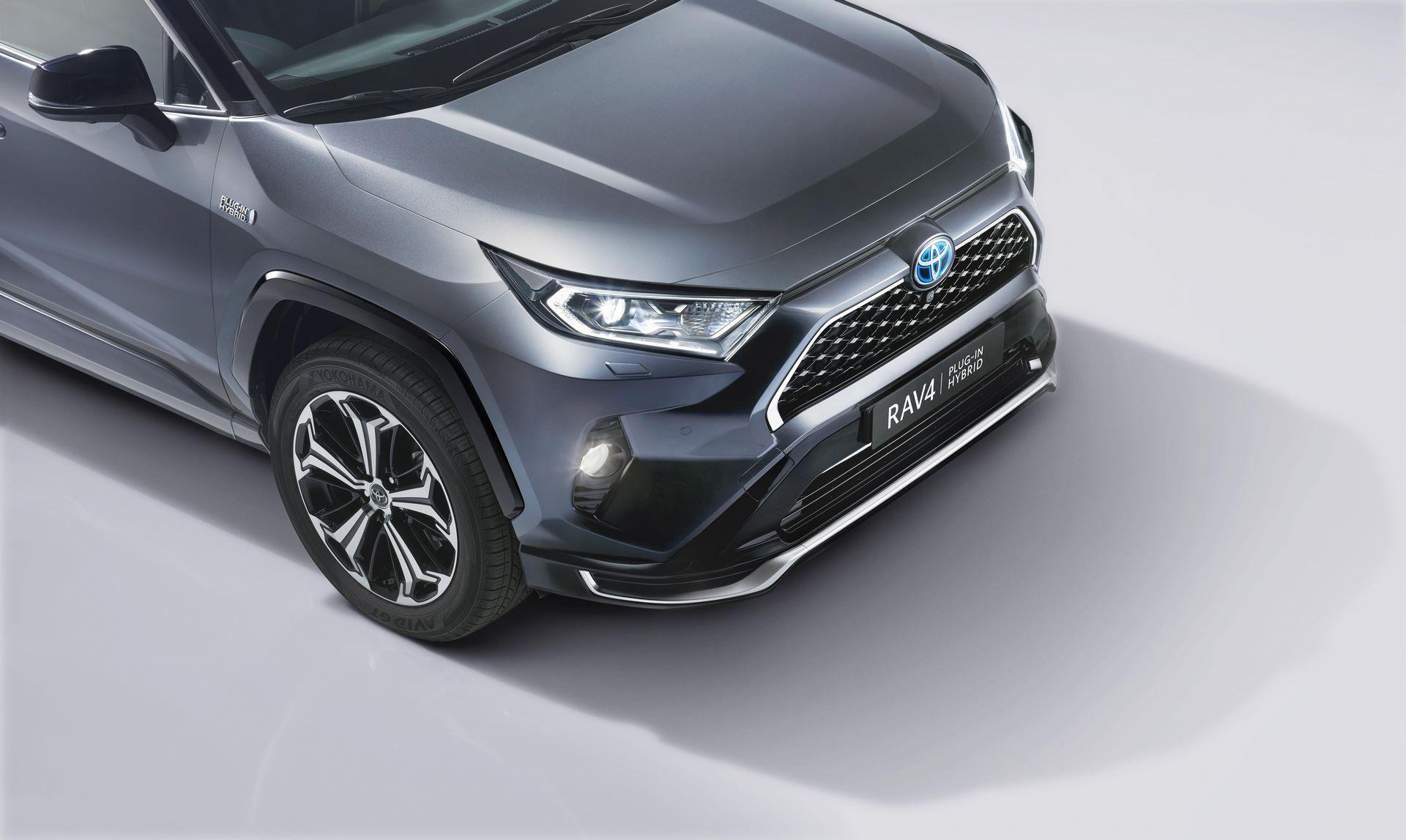 Toyota-RAV4-Plug-in-Hybrid-Europe-3