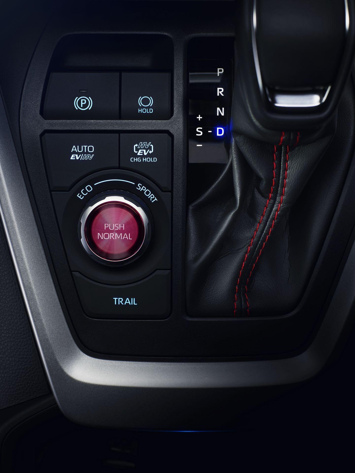 Toyota-RAV4-Plug-in-Hybrid-Europe-7