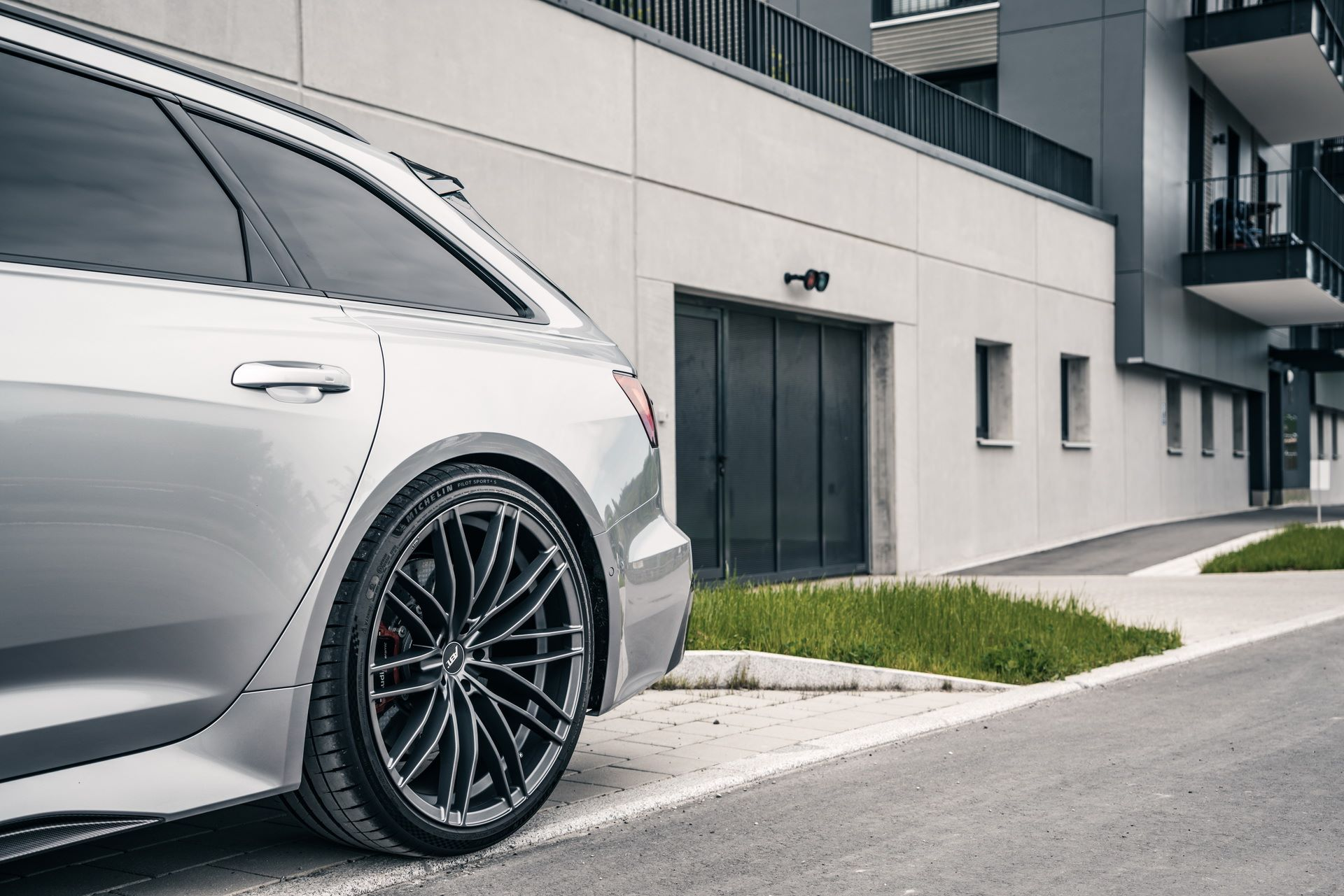 Audi-RS6-Avant-by-ABT-Sportsline-7