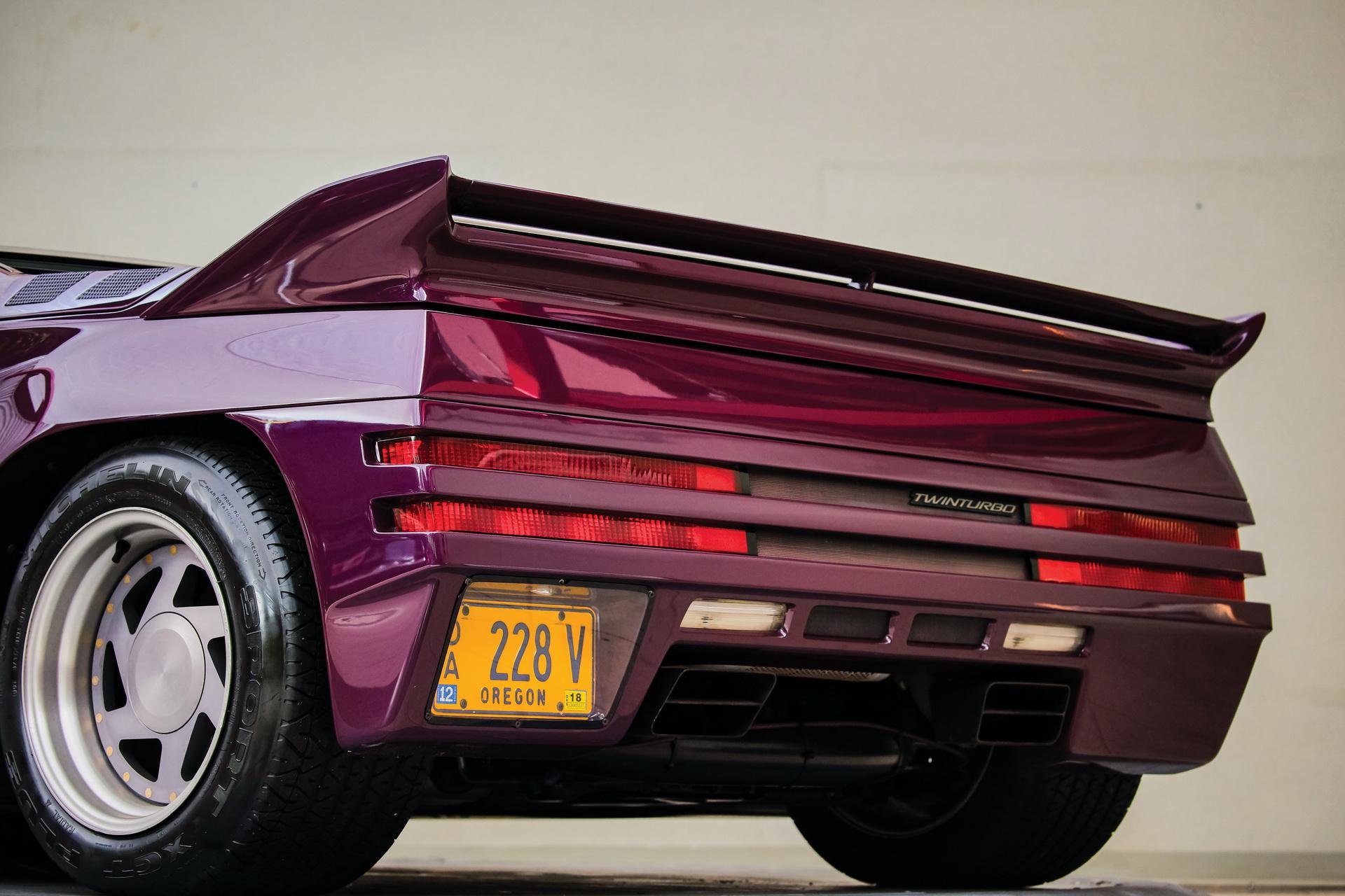 1991-Vector-W8-Twin-Turbo-_14
