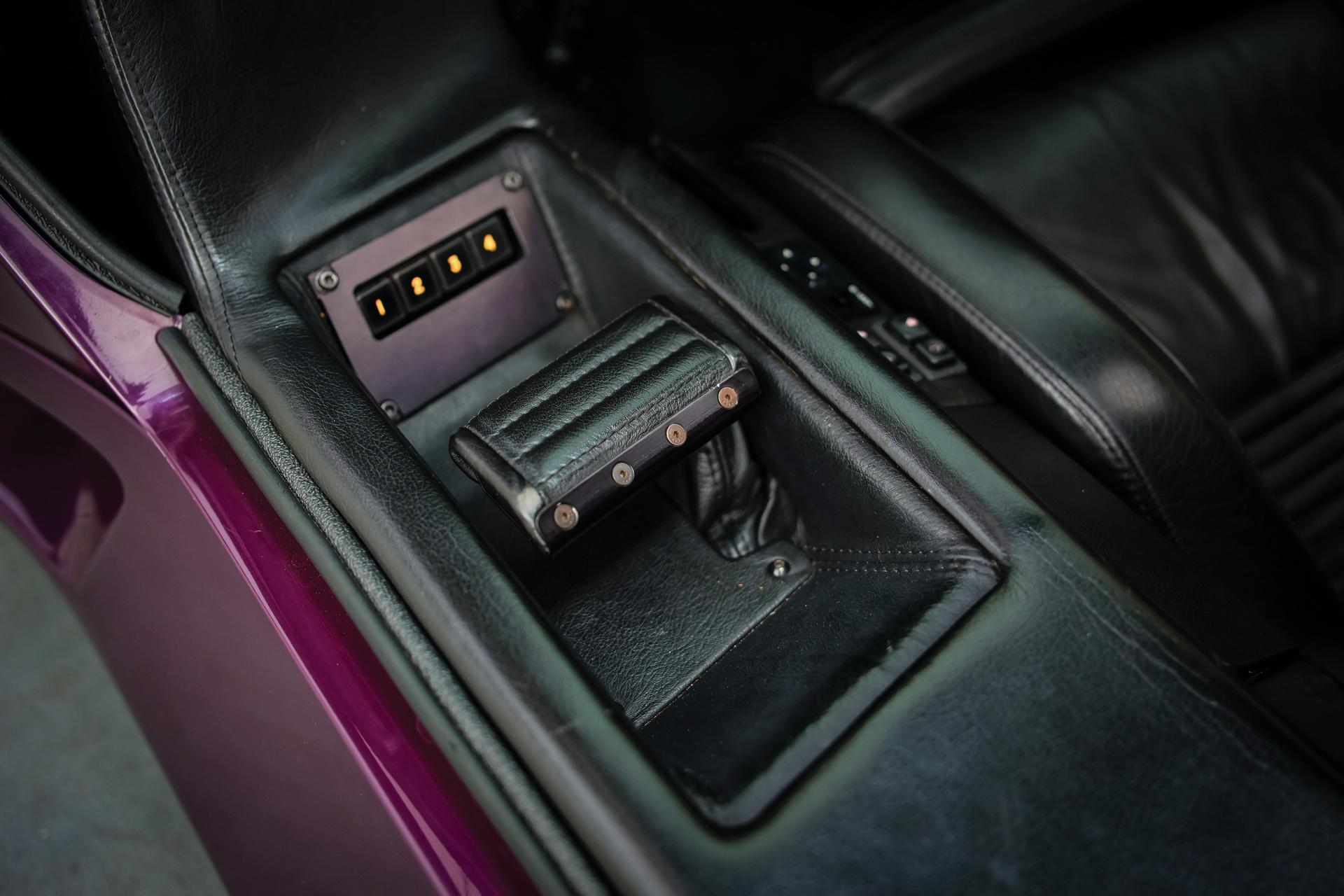 1991-Vector-W8-Twin-Turbo-_20