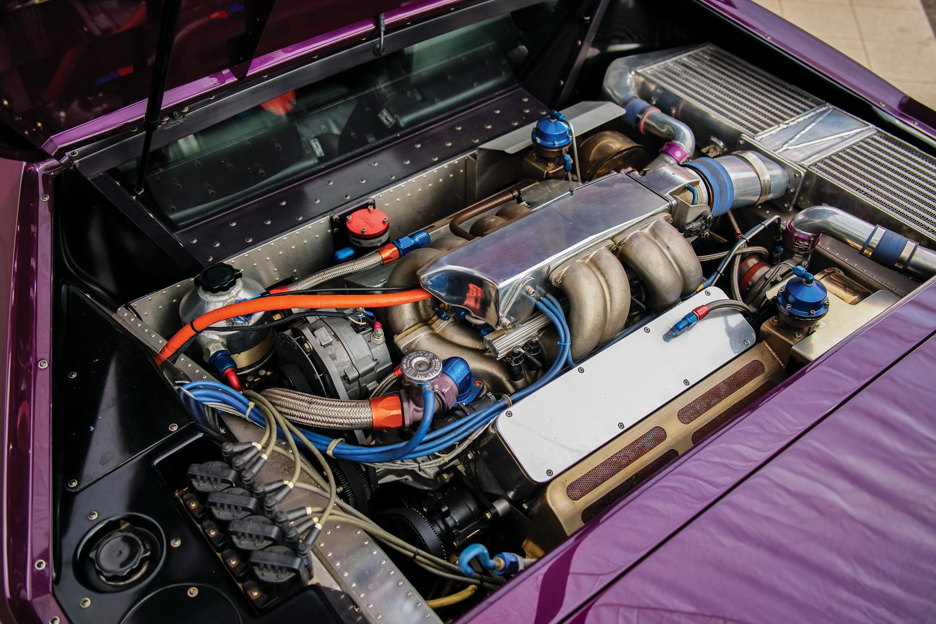 1991-Vector-W8-Twin-Turbo-_21