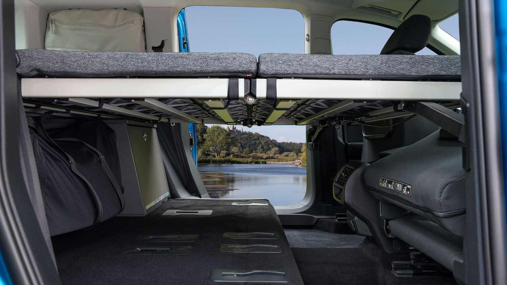 Volkswagen-Caddy-California-16