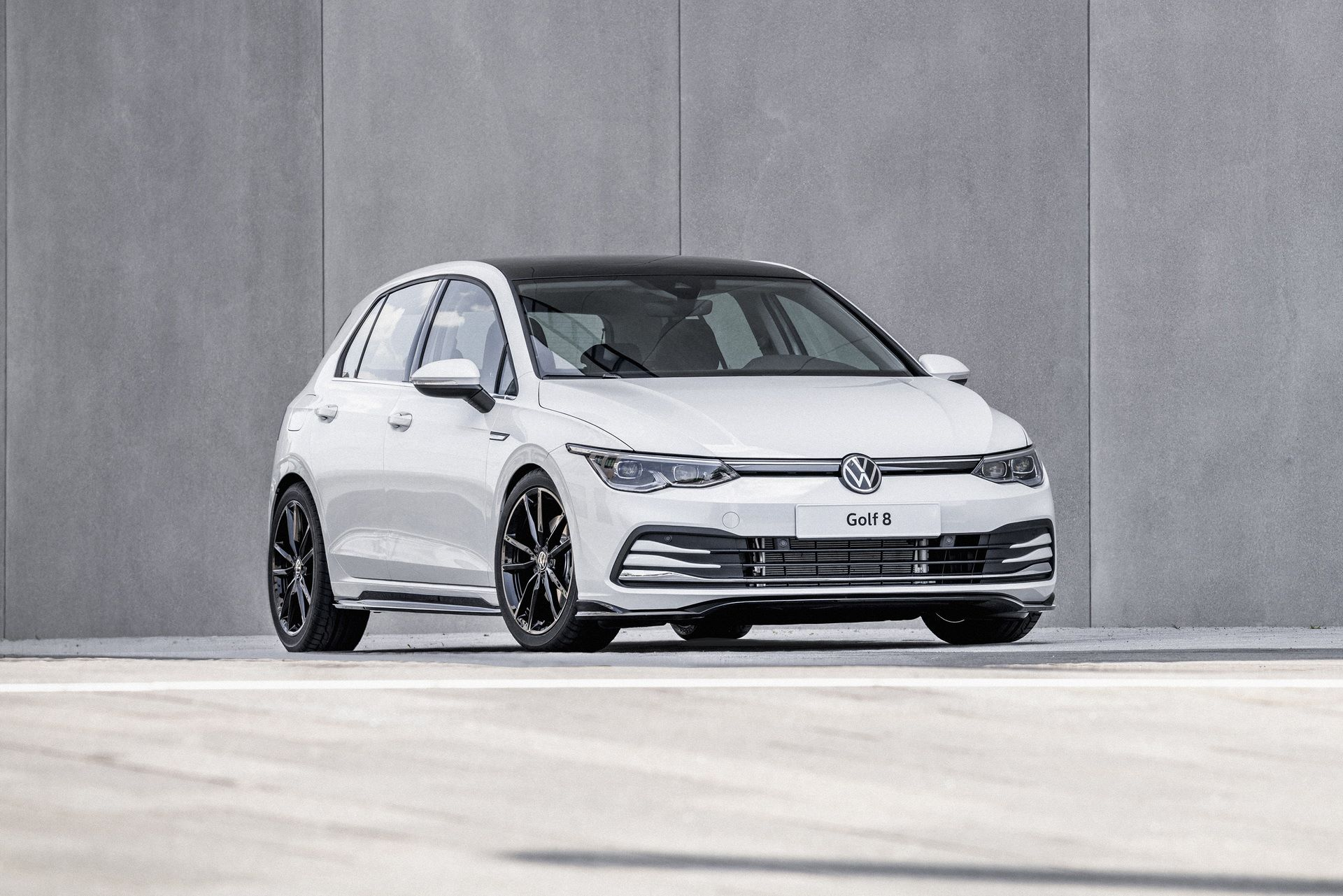 Volkswagen-Golf-8-by-Oettinger-1