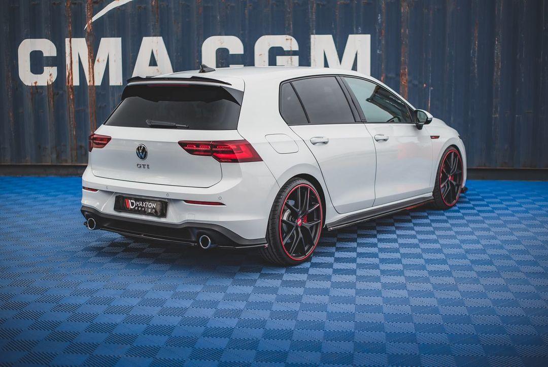 Volkswagen-Golf-GTI-by-Maxton-Design-2