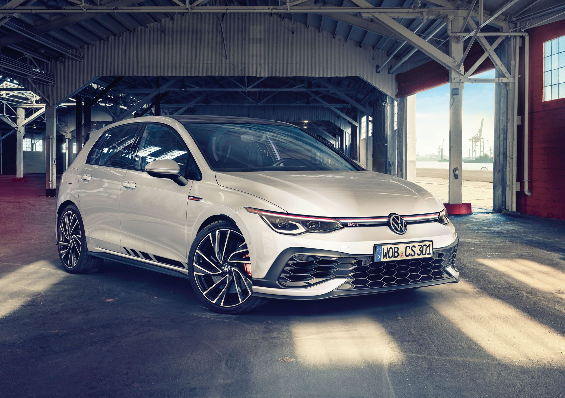 Volkswagen-Golf-GTI-Clubsport-1