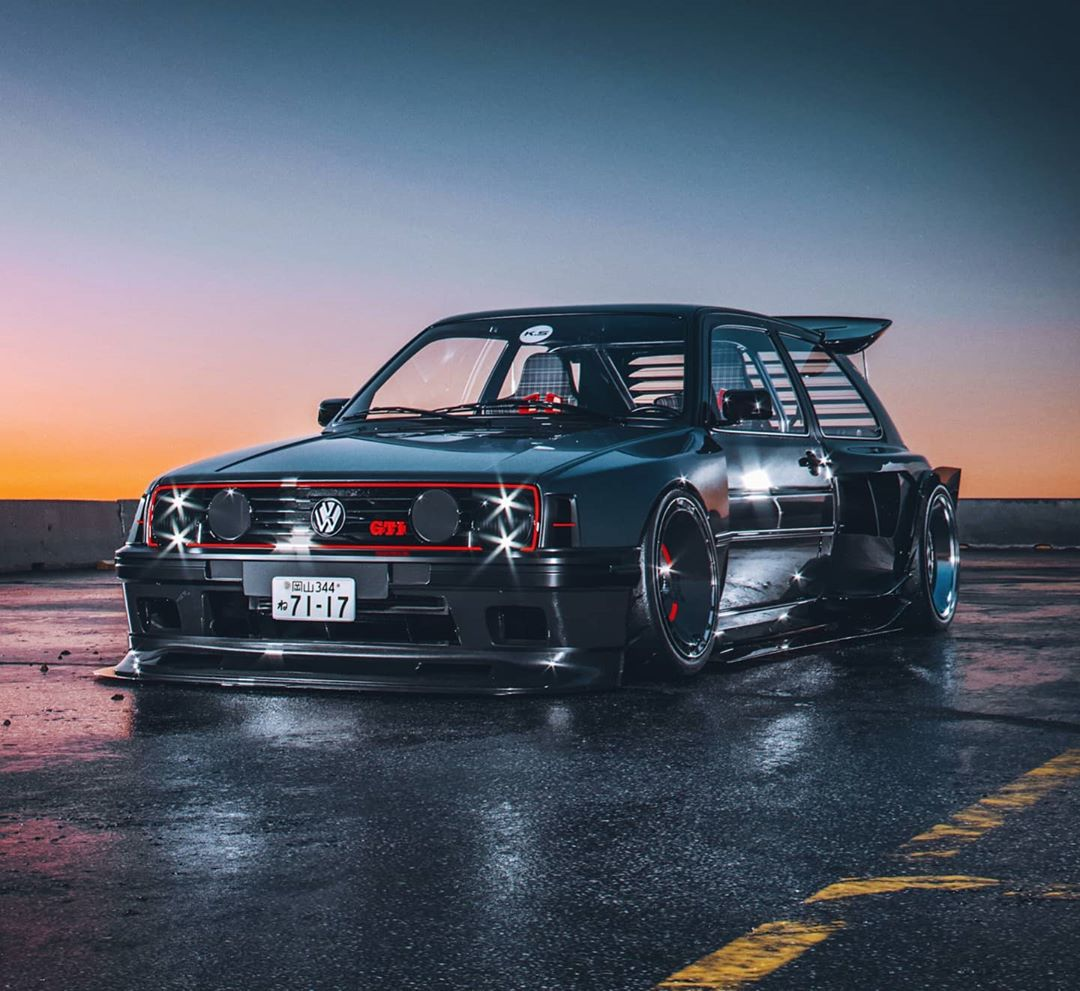 Volkswagen-Golf-GTI-Mk2-Khyzyl-Saleem-1