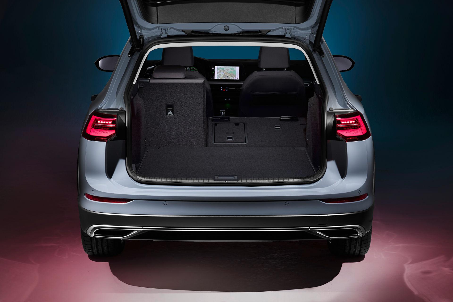 VW-Golf-Estate-And-Golf-Alltrack-10