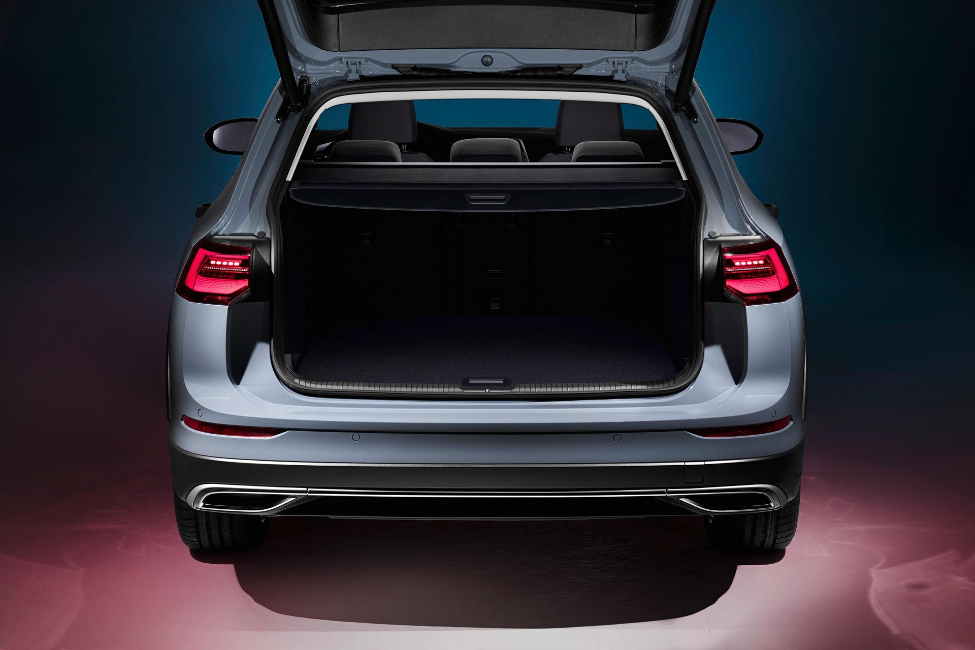 VW-Golf-Estate-And-Golf-Alltrack-13