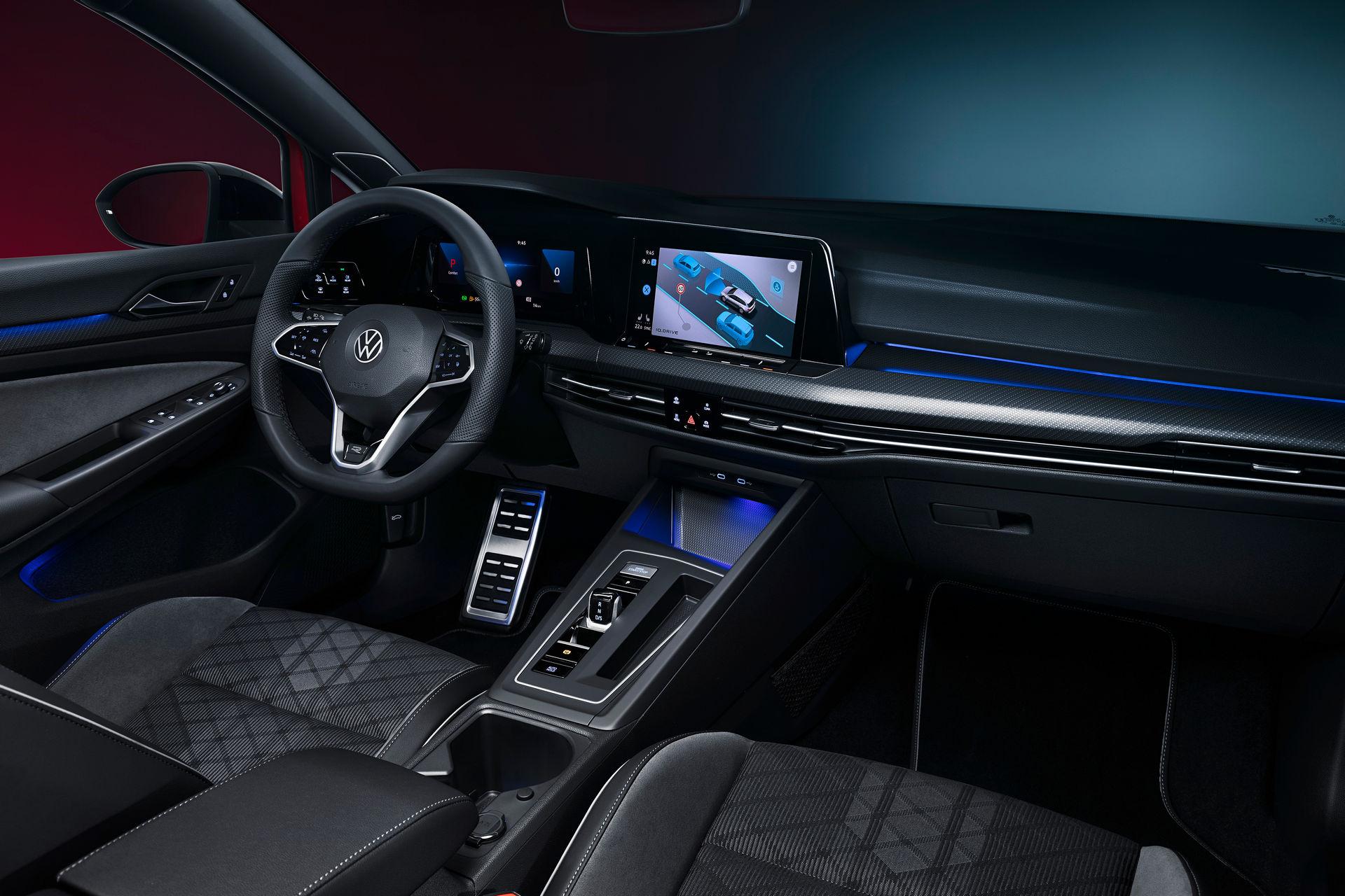VW-Golf-Estate-And-Golf-Alltrack-27
