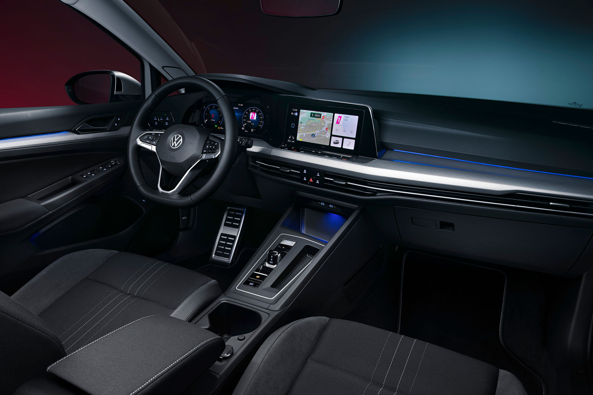 VW-Golf-Estate-And-Golf-Alltrack-3